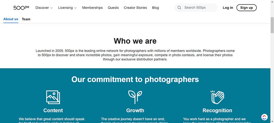 The 500px About Us page.