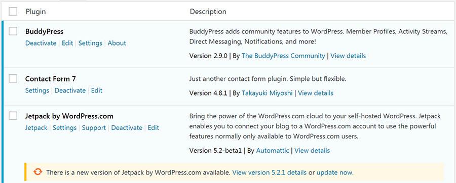 Panel de WordPress, notificación de plugins con actualizaciones pendientes.